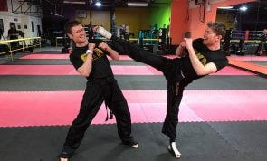 4 Strength techniques that would benefit a kickboxer's training